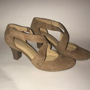 Easy Sprint Taupe pumps shoes with Velcro 7.5 size
